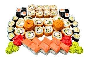 Быстрая доставка суши и роллов